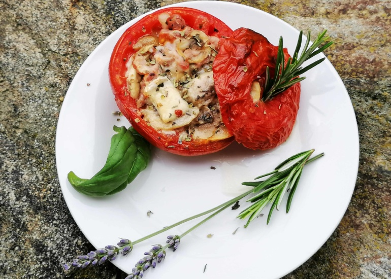 Testez nos tomates farcies chèvre & lardons !